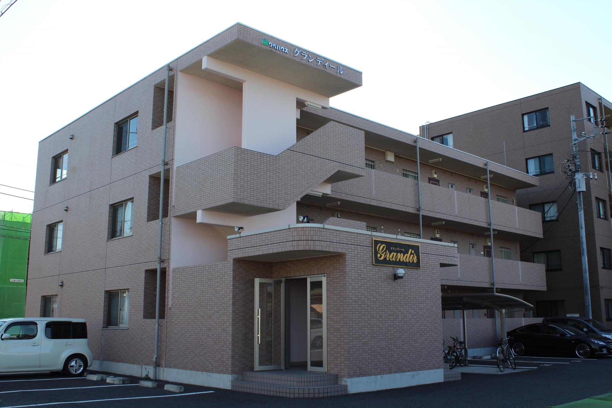 前橋市川曲町鉄筋コンクリートマンショングランディール
